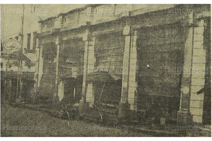 El frente del almacen Paiz de la 9a. calle y 9a. avenida, zona 1 muestra los daños. Foto del 20/12/1969. ( Foto: Hemeroteca PL)