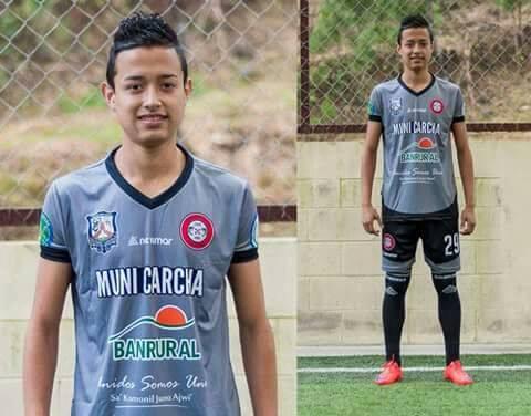 Carlos Roberto Flores Herrera, de 19 años, era jugador de la categoría especial de Carchá. (Foto Prensa Libre: Deportivo Carchá)