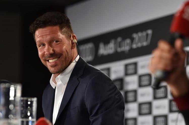 Diego Simeone está listo para los nuevos retos con el Atlético de Madrid. (Foto Prensa Libre: AFP)