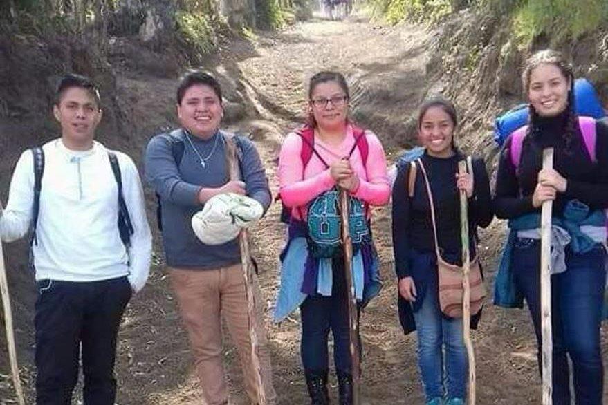 Una de las últimas fotografías del grupo de turistas que escaló el coloso. (Foto Prensa Libre: Cortesía).