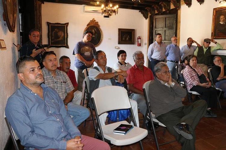 Sociedad civil reprueba gestión municipal, por falta de proyectos de desarrollo. (Foto Prensa Libre: Julio Sicán)