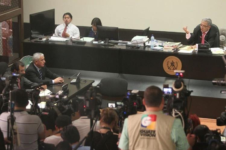 El juez Miguel Ángel Gálvez continuará al frente del caso Cooptación del Estado. (Foto Prensa Libre: Hemeroteca PL)