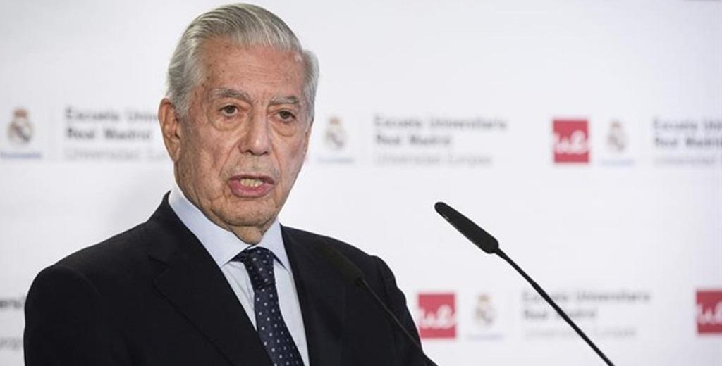 El escritor peruano Mario Vargas Llosa, obtuvo en el 2010 el premio Nobel de Literatura. (Foto Prensa Libre: EFE)