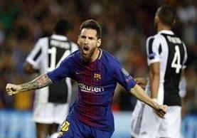 Leo Messi cada día sigue agrandando su leyenda no solo en el Barcelona, también en el futbol mundial. (Foto Prensa Libre: EFE)