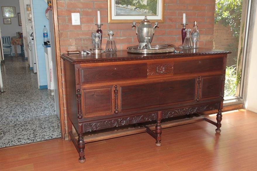 Para que  el ambiente sea vintage, el mueble o accesorio debe ser original y anterior a la década de 1990, dicen los expertos en decoración. (Foto Prensa Libre: Yadira Montes)