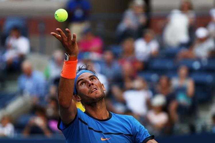 El Español Rafa Nadal señaló sentirse un poco mejor. (Foto Prensa Libre: AFP)