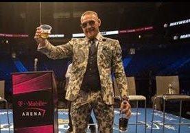 Conor McGregor se expresa en su cuenta de Instagram y felicita a Mayweather por el triunfo. (Foto Redes).