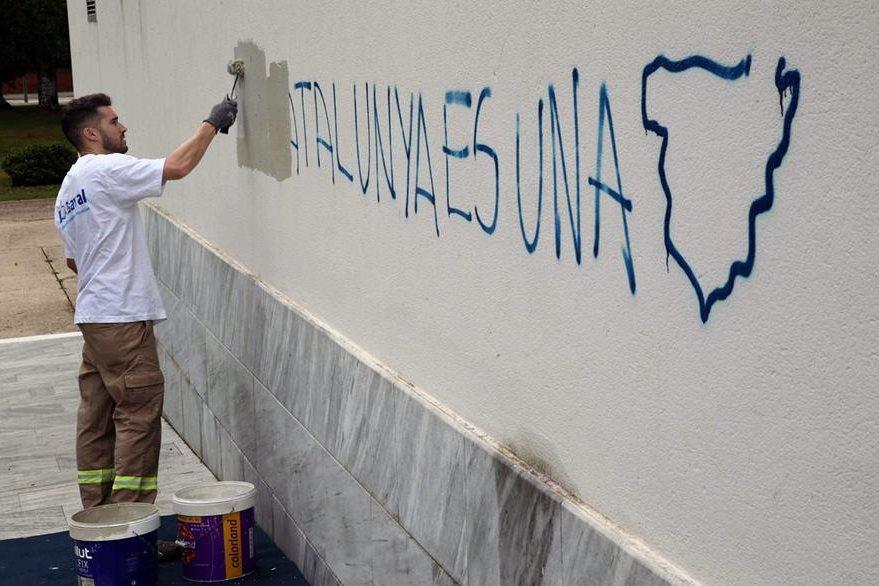 La posible independencia de Cataluña ha sido motivo de polémica en los últimos días. (Foto Prensa Libre: EFE).