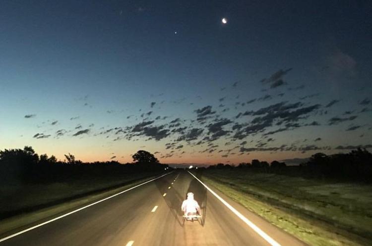 Algunos de los recorridos se hacían durante la noche. Buenos atardeceres, riesgosos caminos.