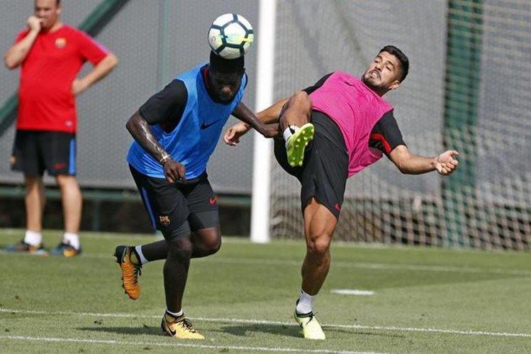 Los jugadores del Barcelona realizaron este domingo su último entrenamiento previo al juego con el Chapecoense. (Foto Prensa Libre: Twitter @Barcelona)