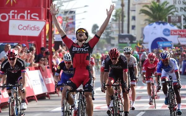 El ciclista luxemburgués Jean-Pierre Drucker celebra en la meta en eñíscola,. (Foto Prensa Libre: AFP)