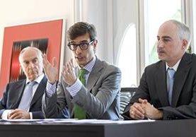 Abogados de Sperisen explican su petición en Ginebra, Suiza. (Foto Prensa Libre: EFE)