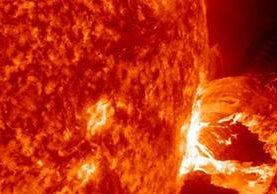 Las partículas que libera el Sol llegan hasta la Tierra. Las más potente ocurrió en 1859 y tuvo efectos negativos. (EFE).