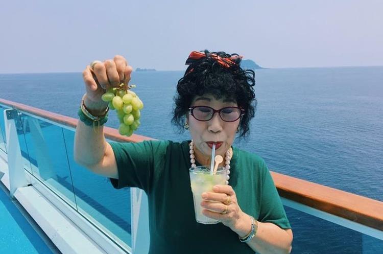 Park Mark-rye, la abuela coreana con más de 290 mil suscriptores en YouTube, se ha hecho famosa gracias a su divertida sencillez.