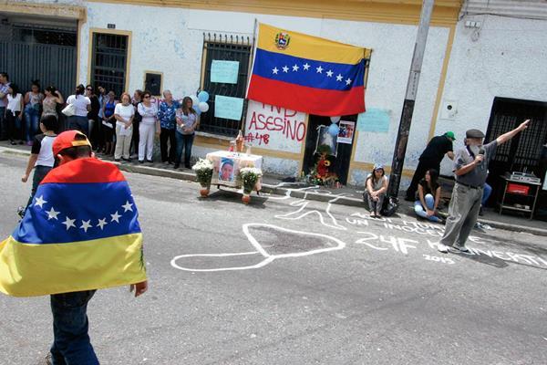 La violencia contra manifestantes en Venezuela fue enfatizada por Amnistía Internacional.