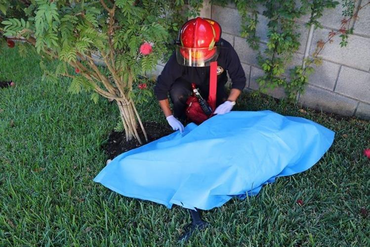Las pruebas al cuerpo de Pavel Centeno refieren que el exfuncionario se disparó. (Foto Prensa Libre: Hemeroteca PL)