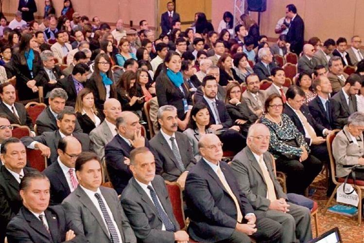 Políticos, activistas y comunidad internacional asisten al primer día del Foro Regional Esquipulas.