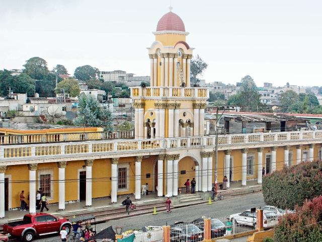 En la comuna de Patzún, Chimaltenango, se efectuaron pagos improcedentes de dietas por Q216 mil. (Foto Prensa Libre: Hemeroteca PL)