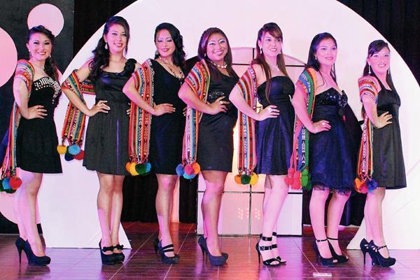 Candidatas a Reina Valle de La Esmeralda, de San Pedro Sacatepéquez, San Marcos. (Foto Prensa Libre: Aroldo Marroquín)