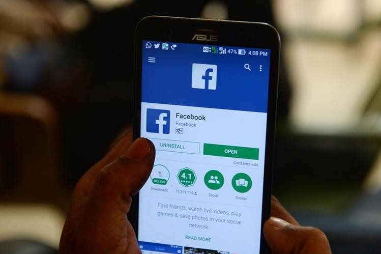 Facebook guarda ¡tu historial de llamadas y tus mensajes!