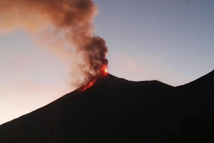 Volcán de Fuego erupcionó en Guatemala