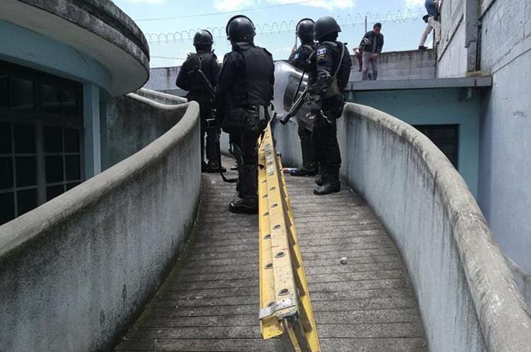 Dos muertos en un motín en correccional de Guatemala
