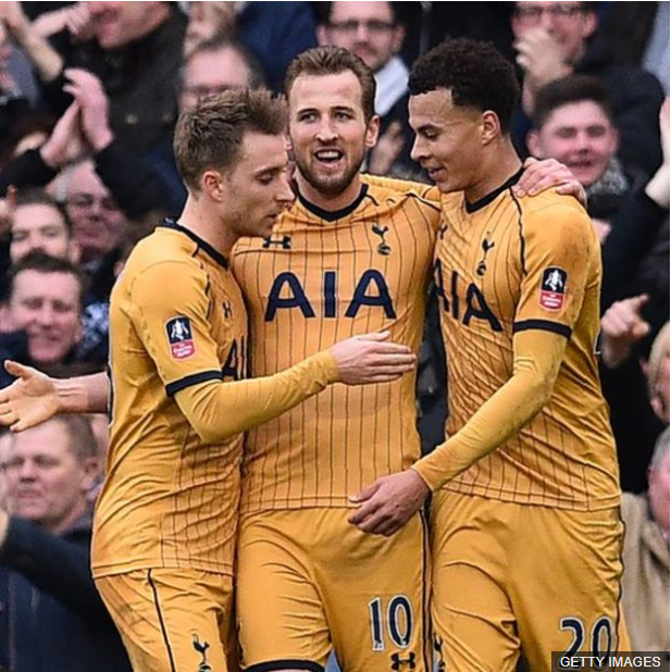 El tridente de lujo del Tottenham: Christian Erikssen, Harry Kane y Dele Alli. (Foto Prensa Libre: BBC Mundo)