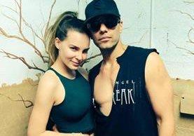 Después de meses de estar juntos, Belinda y Criss Angel dieron fin al amor (Foto Prensa Libre: Twitter).