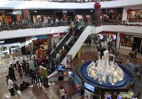 <p>Conviene ser cauto con los gastos de diciembre. Enero se lo agradecerá (Foto Prensa Libre: Archivo).<br></p>