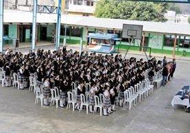 Doscientas setenta estudiantes de la escuela Elena Morales Orantes, Villa Canales, recibieron durante 45 días charlas para prevenir embarazos.