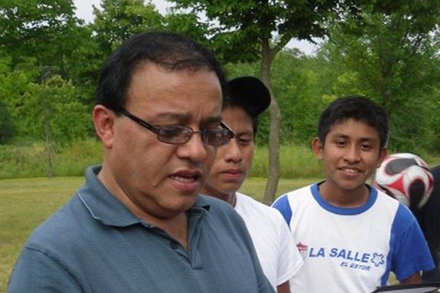 Tiene 60 años y el 10 de junio de este año obtuvo la licenciatura en Educación Bilingüe. (Foto Cortesía Jorge Antonio Paque).