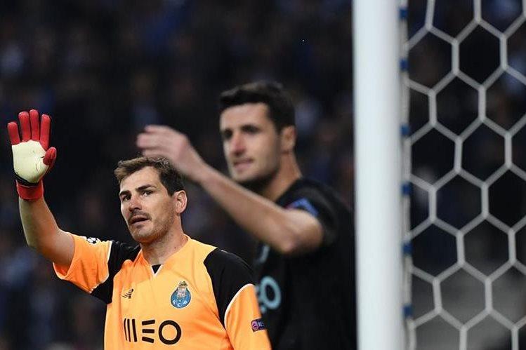 Iker Casillas, al igual que sus compañeros, tuvo un día difícil contra la Juventus. (Foto Prensa Libre: AFP)