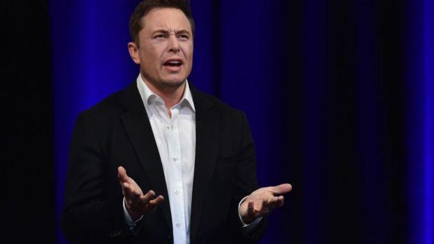 Elon Musk es uno de los empresarios que lidera la exploración espacial. (GETTY IMAGES)