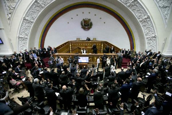 """Parlamento venezolano declara a Nicolás Maduro en """"abandono del cargo"""". (AFP)."""