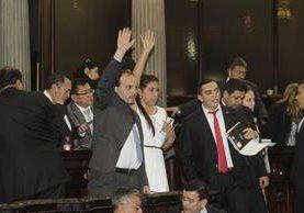 legisladores del bloque que impulsó a Manuel Baldizón para presidente protagonizaron varios escándalos durante la séptima legislatura; ahora varios de ellos son oficialistas. (Foto Prensa Libre: Hemeroteca)