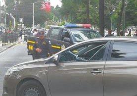 Hombre herido en la Avenida Reforma es de nacionalidad italiana. (Foto Prensa Libre: Estuardo Paredes)