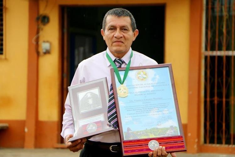 Venancio Lorenzo Martínez es catedrático de la Escuela Rural Mixta de El Hato, Nuevo San Carlos Retalhuleu. (Foto Prensa libre: Rolando Miranda)