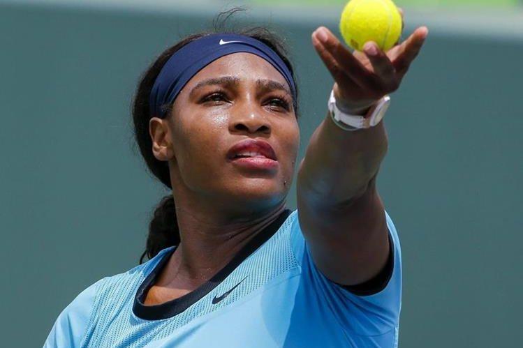 La estadounidense Serena Williams, número uno del escalafón mundial, fue eliminada del torneo de tenis de Miami, Masters 1000. (Foto Prensa Libre: AFP)