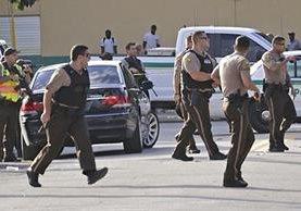 Policías en el operativo luego del ataque en el parque Martin Luther King. (Foto: AP)