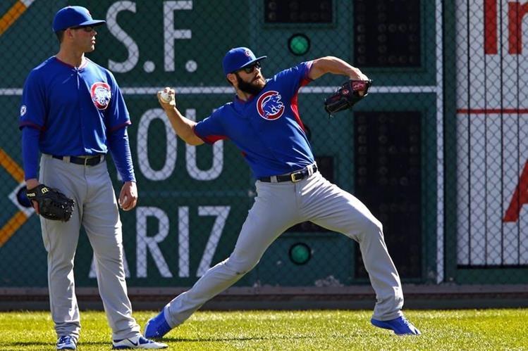 El lanzador, Jake Arrieta es una de las figuras de Chicago durante está temporada. (Foto Prensa Libre: AP)