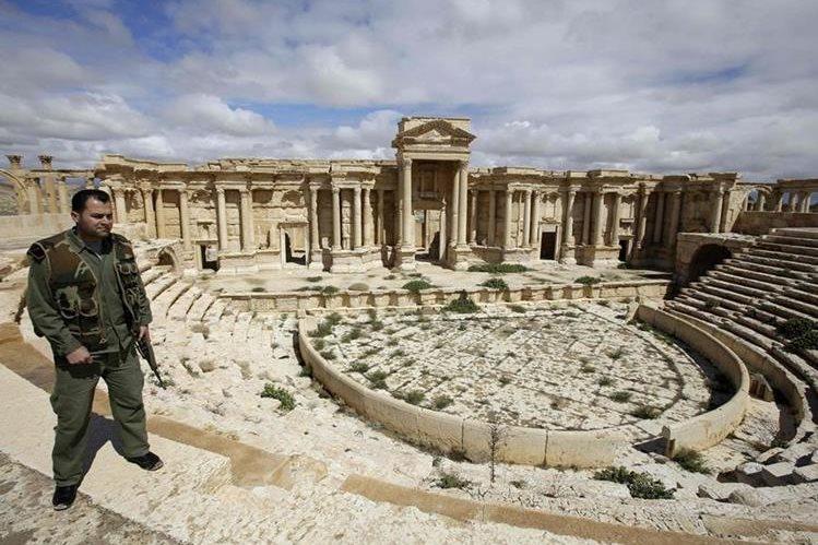Ejército sirio está a punto de recuperar Palmira, que está en manos de yihadistas. (AFP)