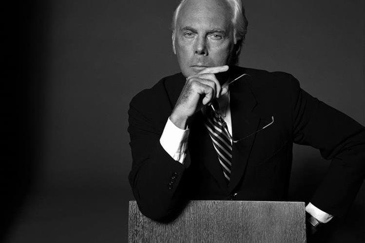 Giorgio Armani, nacido en Italia en 1934, es uno de los diseñadores más importantes en todo el mundo. Con su imperio en ropa, especialmente para hombres, ha amasado una fortuna de miles de millones de dólares. (Foto: Hemeroteca PL).