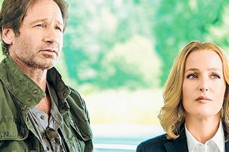 Fox Mulder y Dana Scully regresarán a la pantalla chica en enero de 2016. (Foto Prensa Libre: Hemeroteca PL)