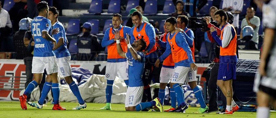 El Cruz Azul quiere volver a festejar en la Liga MX. (Foto Prensa Libre: Twitter Cruz Azul)
