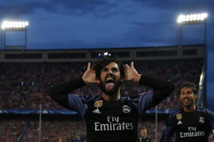Isco Alarcón celebra después de anotar para el Real Madrid. (Foto Prensa Libre: Reuters)