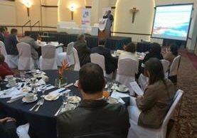El monitoreo a la implementación del programa Ventana de los Mil Días fue presentado este miércoles. (Foto Prensa Libre: Esbin García)