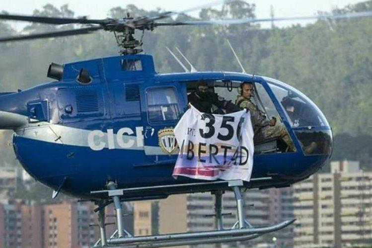 El diario El Confidencial publicó foto del helicóptero y atacante. (Foto del sitio: elconfidencial.com)