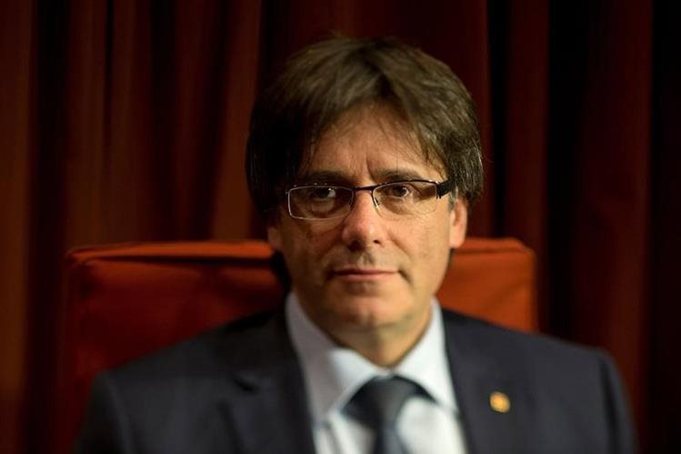 El presidente del Gobierno regional de Cataluña, Carles Puigdemont. (Foto Prensa Libre: AFP).