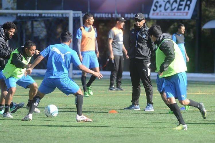 Comunicaciones viajará mañana a Malacatán para el partido del domingo. (Foto Prensa Libre: Hemeroteca)
