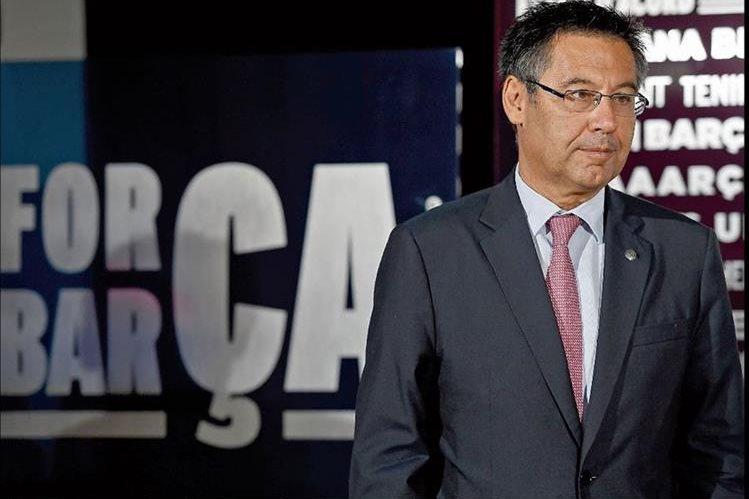 Josep Bartomeu criticó a los Neymar por no informar a tiempo de que dejaría el Barcelona. (Foto Prensa Libre: Hemeroteca PL)